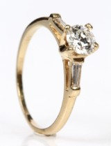 Classic diamond ring, 14 kt. gold, approx. 0.55 ct.