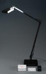 Antonio Citterio for Flos. Bordlampe model 'Kelvin Led'