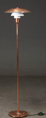 Poul Henningsen. Stehleuchte, Kupfer, Limited Edition