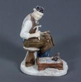Figurin, porslin, Axel Locher för Bing & Gröndahl, 1900-talets andra hälft