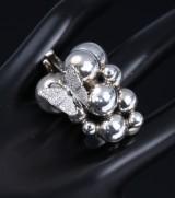 Georg Jensen. 'Moonlight Grapes' ring, sterling silver, 18 kt. white gold, brilliant-cut diamonds