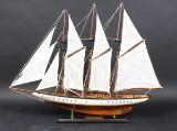 Håndbygget 3 mastet fulrig sejlbåd.