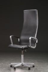 Arne Jacobsen. Oxford kontorstol med armlæn model 3292