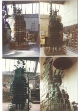 Viktor Hall. Skulptur af glas og jern, 'Frihedsgudinden / Håbets Gudinde', 1996