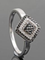 Black and white brilliant-cut diamond ring approx. 0.25ct