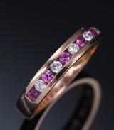 Rubin- og brillantring af 18 kt. rosafarvet guld