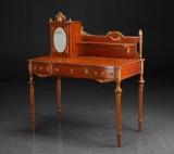 Skrivebord af mahogni, Louis Seize stil