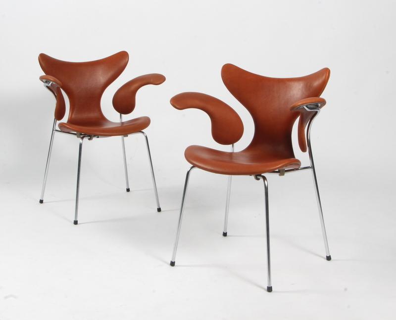 Arne Jacobsen Stoel : Auktionstipset arne jacobsen for fritz hansen. mågen liljen model