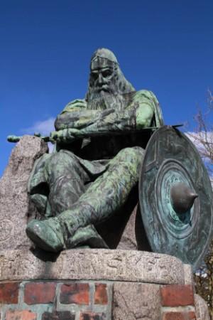 Bronzeskulptur 'Holger Danske'. Billedhugger Hans Peder Pedersen-Dan