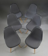 Charles Eames. Six shell chairs, model DSW, with upholstered fronts (6)