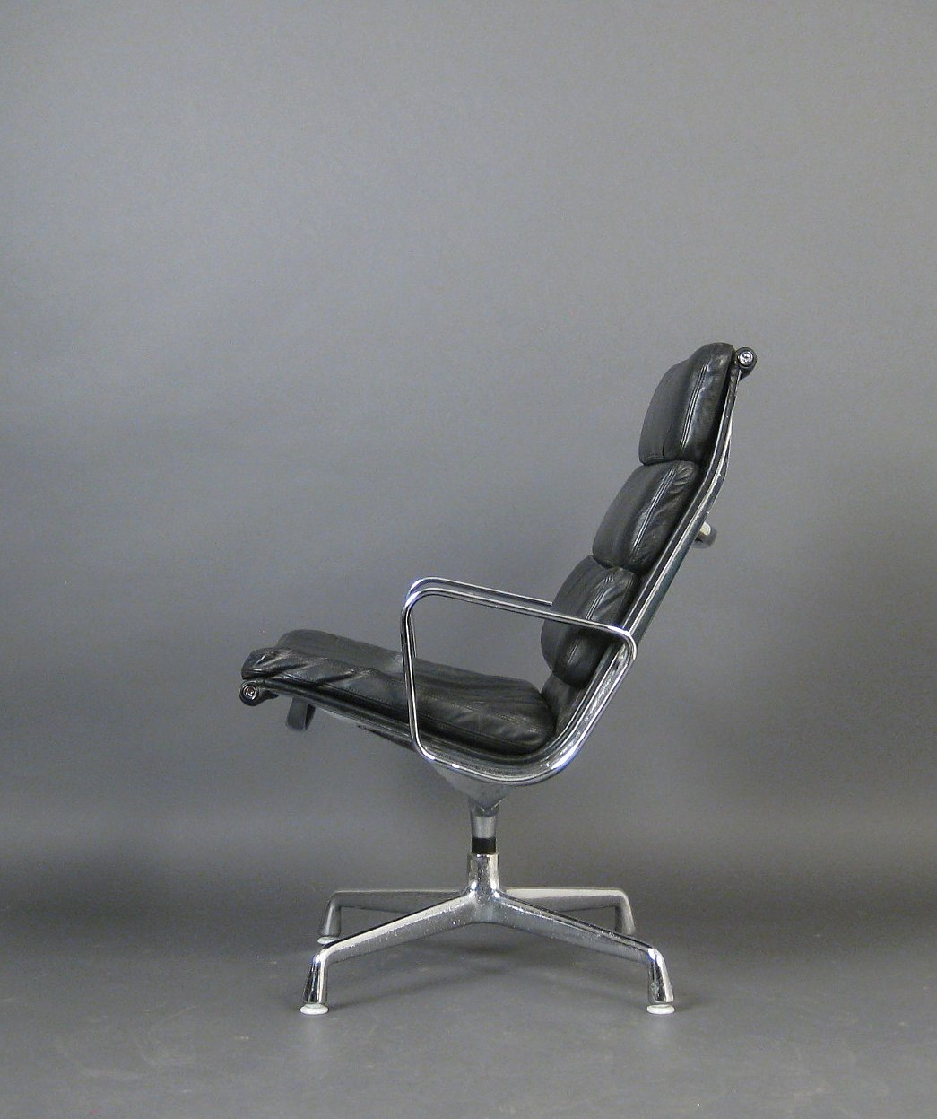 sessel charles eames lounge chair eames lounge chair awesome about a chair luxe charles eames. Black Bedroom Furniture Sets. Home Design Ideas
