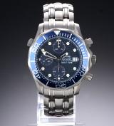 Omega 'Seamaster Professional 300M'. Herrechronograf i titanium med blå skive, ca. 1999