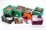 Stort parti DK. samling/restsamlinger i 35 album samt poser m.m.