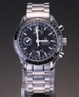Omega Speedmaster Mark40 Triple Date Calendar men's watch