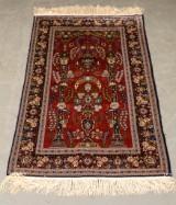 Persian rug, Ghom, silk on silk warp, 163 x 98 cm