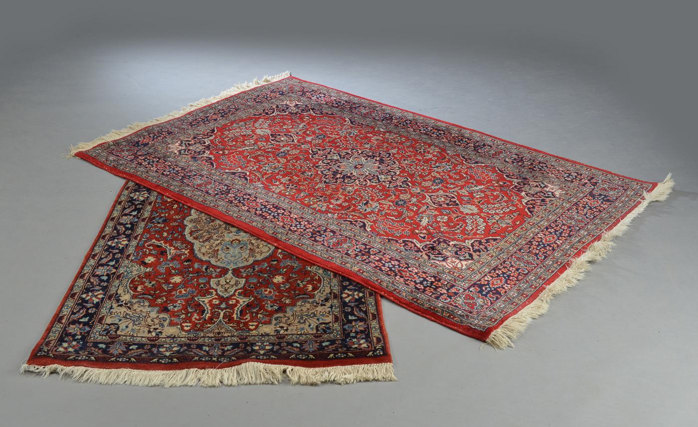 Keshan, Kashmir. Uld på bomuld. 156 x 91 og 187x125 cm - Keshan, Kashmir. to tæpper, uld på bomuld. 156 x 91 og 187x125 cm. Fremstår med lettere brugsspor