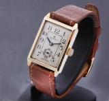Vintage unisex Rolex watch, 9 kt. gold case, separate second hand, 1940's