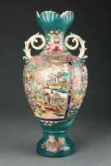 Stor satsuma vase af fajance, 1900-tallets begyndelse