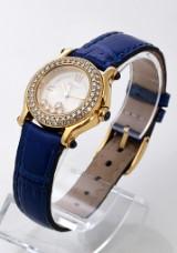 Cartier 'Happy Sport'. Dameur i 18 kt. guld med brillanter og safirer