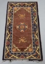 Kinesisk tæppe, 170 x 95 cm.