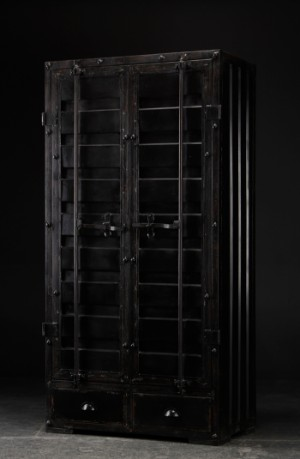 ware 3497513 schrank aus schwarz bemaltem metall. Black Bedroom Furniture Sets. Home Design Ideas