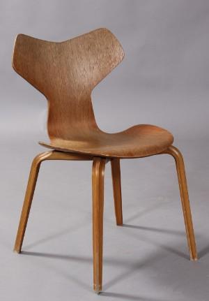 grand prix stol Arne Jacobsen, Grand Prix stol, teak  og bøgetræ | Lauritz.com grand prix stol