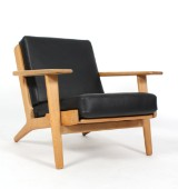 Hans J. Wegner. Easy chair, model GE-290, aniline leather