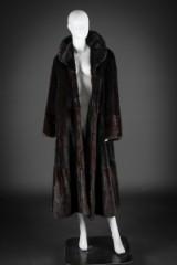 Mahogany mink coat, size 44. Labelled Atelier Zara