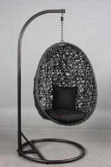 Hængestol, sort kædeflettet polyrattan.