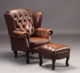 Chesterfield wingchair / øreklapstol samt skammel (2)