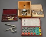 Samling af diverse urmagerværktøj fra blandt andet Roamer, Boleu og Beru