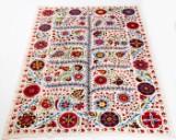 Tæppe, design 'Oz Suzani', ca. 300 x 200 cm