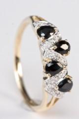 Safir- og diamantring