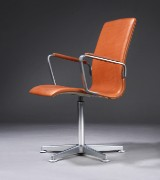 Arne Jacobsen. Oxford armchair upholstered in cognac-coloured aniline leather