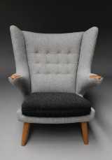 Hans J. Wegner. 'Pappa Bear Chair', lounge chair, Model AP-19