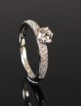 Diamond ring, approx. 0.78 ct.