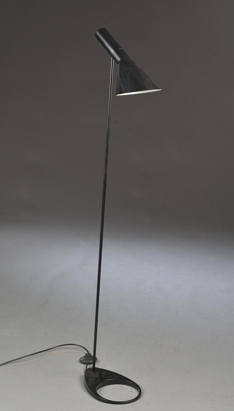 Standerlampe Arne Jacobsen Kopi