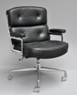 Charles & Ray Eames. Lobby Chair, model ES-104, black leather