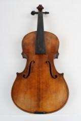 Kinesisk håndbygget 4/4 violin.
