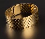 Th. Skat Rørdam. Bikubemønstret armbånd af 14 kt. guld