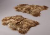 To langhårede økologiske islandske fåreskind. Farve: Light Brown. (2)