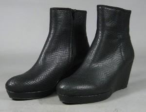 2f0acbb4225 Slutpris för Sofie Schnoor støvler, slangeprint