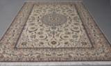 Persisk Nain tæppe. Uld med silke. 355 x 255 cm