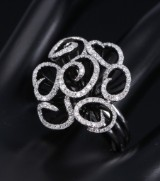 Brilliant-cut diamond ring, 14 kt. white gold and black rhodium-plated gold