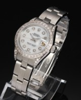 Rolex Datejust. Ladies watch, steel with mother of pearl dial with diamonds