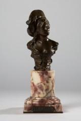 Georges van der Straeten, a sculpture, bronze, bust 'Bettina'