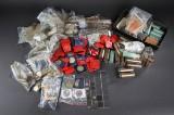 taske med mønter fra et stort antal lande heraf en del ældre