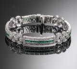 Diamant og smaragd armbånd af 18 k hvidguld