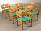 Kurt Østervig. Sæt på seks armstole af egetræ for FDB. (6)