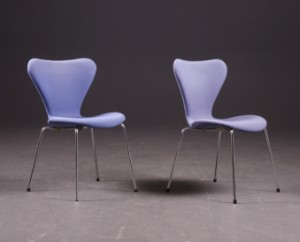 Arne Jacobsen 1902-1971, par stole, model 3107 2